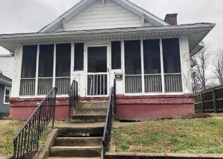 Foreclosed Home in Henderson 42420 3RD ST - Property ID: 4333174290