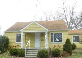 Foreclosed Home in Holt 48842 CHESTNUT ST - Property ID: 4333189624