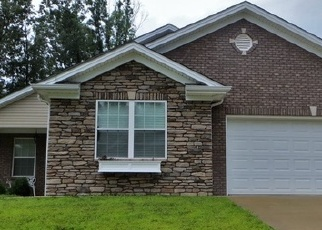 Foreclosed Home in Vine Grove 40175 VINELAND PARKWAY DR - Property ID: 4333287733