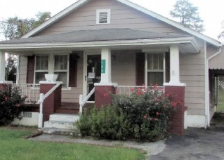 Foreclosed Home in Elizabethton 37643 SUNRISE DR - Property ID: 4333367439