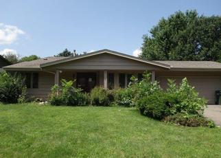 Foreclosed Home in Burnsville 55337 GIRARD AVE S - Property ID: 4333379708