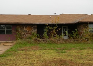 Foreclosed Home in Cushing 74023 ROBIN DR - Property ID: 4333418235