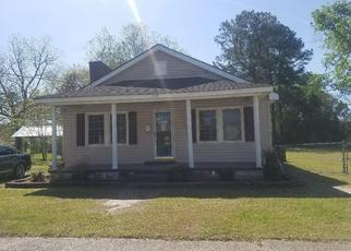 Foreclosed Home in Williamston 27892 BEECH ST - Property ID: 4333443650