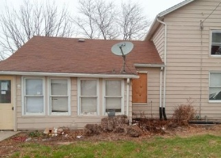 Foreclosed Home in Morris 60450 AIRPORT RD - Property ID: 4333588618