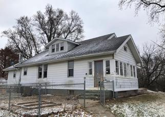 Foreclosed Home in Vandalia 62471 E JEFFERSON ST - Property ID: 4333653883