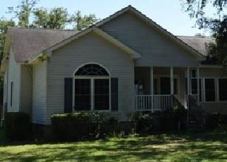 Foreclosed Home in Yemassee 29945 BULL CORNER RD - Property ID: 4333655175