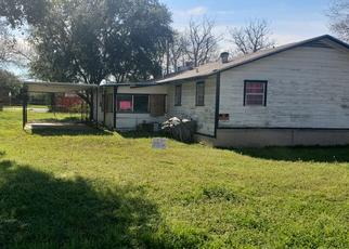 Foreclosed Home in Bremond 76629 N AUSTIN ST - Property ID: 4333680140