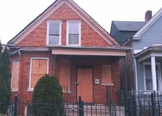 Foreclosed Home in Chicago 60651 N SAINT LOUIS AVE - Property ID: 4333700293