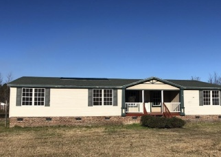 Foreclosed Home in Hope Mills 28348 DONIWOOD ACRES DR - Property ID: 4333772119