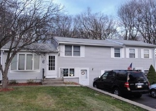 Foreclosed Home in Wolcott 06716 OVERVALE RD - Property ID: 4333786131