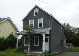 Foreclosed Home in Pompton Lakes 07442 HOWARD ST - Property ID: 4333805859