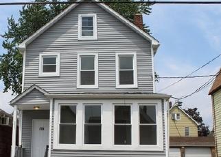 Foreclosed Home in Kearny 07032 DEVON ST - Property ID: 4334041484