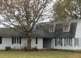 Foreclosed Home in Jasper 35504 SUMMERVILLE RD - Property ID: 4334054623