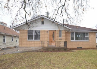 Foreclosed Home in Peoria 61604 W THRUSH AVE - Property ID: 4334108939