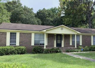 Foreclosed Home in Pensacola 32514 BARKER ST - Property ID: 4334152283