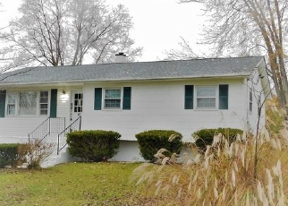 Foreclosed Home in Poughkeepsie 12601 ANDOVER LN - Property ID: 4334175950