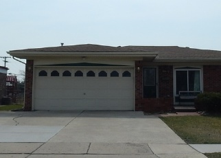 Foreclosed Home in Sterling Heights 48310 GROVES DR - Property ID: 4334176823