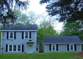 Foreclosed Home in Poughkeepsie 12603 MANCHESTER RD - Property ID: 4334300769