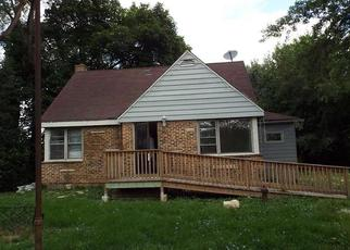Foreclosed Home in Wood Dale 60191 HAWTHORNE AVE - Property ID: 4334312139