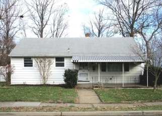 Foreclosed Home in Maple Shade 08052 STILES AVE - Property ID: 4334340171
