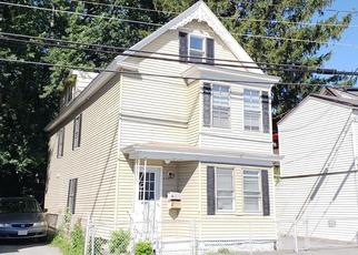 Foreclosed Home in Lowell 01850 LAKEVIEW AVE - Property ID: 4334345883