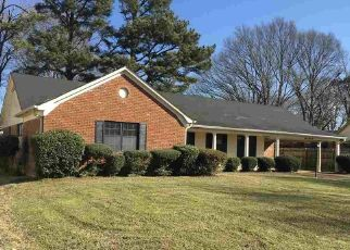 Foreclosed Home in Memphis 38116 ROSECLIFF AVE - Property ID: 4334472448