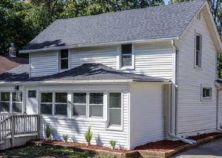 Foreclosed Home in Des Moines 50312 24TH ST - Property ID: 4334560480
