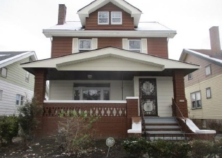 Foreclosed Home in Cleveland 44120 LUDGATE RD - Property ID: 4334605143