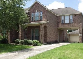 Foreclosed Home in Tomball 77375 COUNTRY CLUB GREEN DR - Property ID: 4334765898