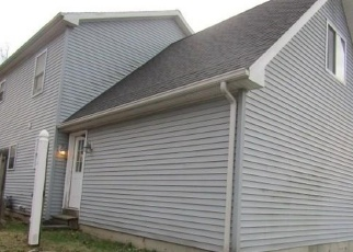 Foreclosed Home in Bridgeport 06606 CLOVERHILL AVE - Property ID: 4334766773