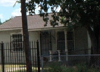 Foreclosed Home in San Antonio 78237 ALLENDE DR - Property ID: 4334848221