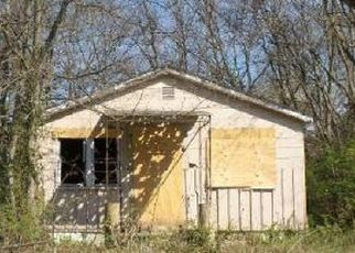 Foreclosed Home in East Saint Louis 62204 N 47TH ST - Property ID: 4334948972
