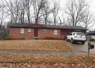 Foreclosed Home in Memphis 38127 RIDGEDALE ST - Property ID: 4334957280