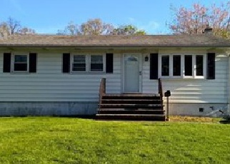 Foreclosed Home in Middlesex 08846 ROCK LN - Property ID: 4335044886