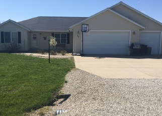 Foreclosed Home in Sullivan 61951 S SHORES - Property ID: 4335047507