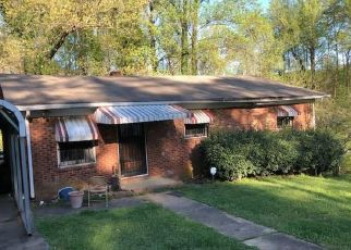 Foreclosed Home in Winston Salem 27105 PROSPECT DR - Property ID: 4335091746