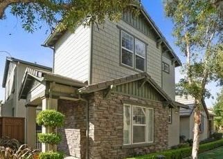 Foreclosed Home in Tracy 95391 W SANTA BARBARA WAY - Property ID: 4335244144