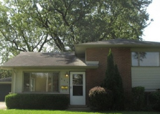 Foreclosed Home in Chicago Heights 60411 SARATOGA DR - Property ID: 4335258611