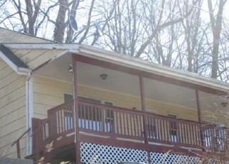 Foreclosed Home in Middlebury 06762 PORTER AVE - Property ID: 4335335248