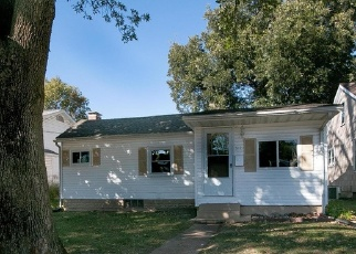 Foreclosed Home in Millstadt 62260 W LAUREL ST - Property ID: 4335345774