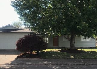 Foreclosed Home in Albany 97322 LAFAYETTE ST SE - Property ID: 4335353204