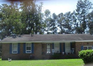 Foreclosed Home in Charleston 29414 GREEN PARK AVE - Property ID: 4335379490