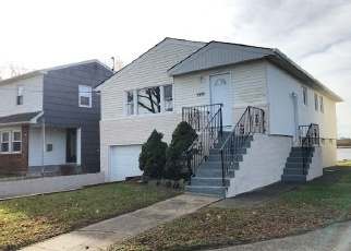 Foreclosed Home in Far Rockaway 11691 BAY CT - Property ID: 4335397442