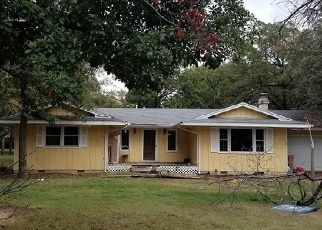 Foreclosed Home in Eufaula 74432 LAKEWOOD CT - Property ID: 4335414975