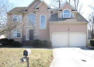 Foreclosed Home in Suffolk 23435 OAKENGATE DR - Property ID: 4335416727