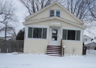 Foreclosed Home in Center Line 48015 GRONOW - Property ID: 4335457898