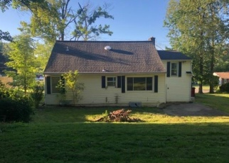 Foreclosed Home in Endicott 13760 COUNTRY CLUB RD - Property ID: 4335498623