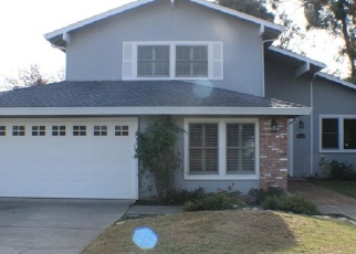 Foreclosed Home in Carmichael 95608 LOS OLIVOS WAY - Property ID: 4335510444