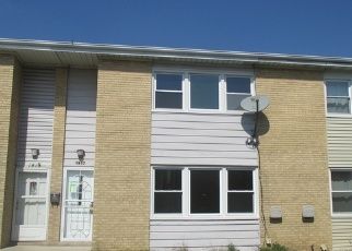 Foreclosed Home in Melrose Park 60160 SILVER CREEK LN - Property ID: 4335574388