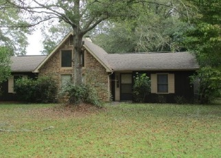 Foreclosed Home in Valley 36854 LAUREL DR - Property ID: 4335614237